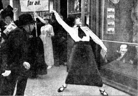 Asta Nielsen - Die Suffragette (1913) window